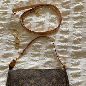 Louis Vuitton monogram pochette + accessoire strap